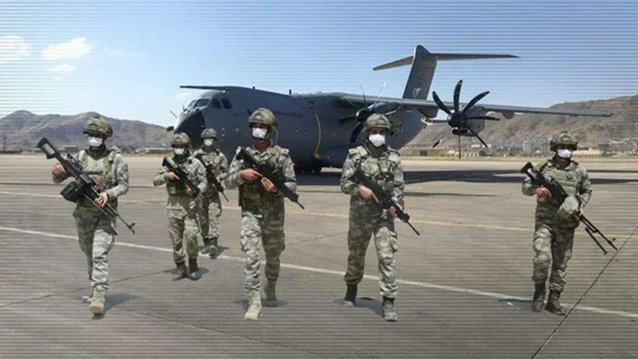 Türk askeri Afganistan'dan dönüyor! İlk uçak indi