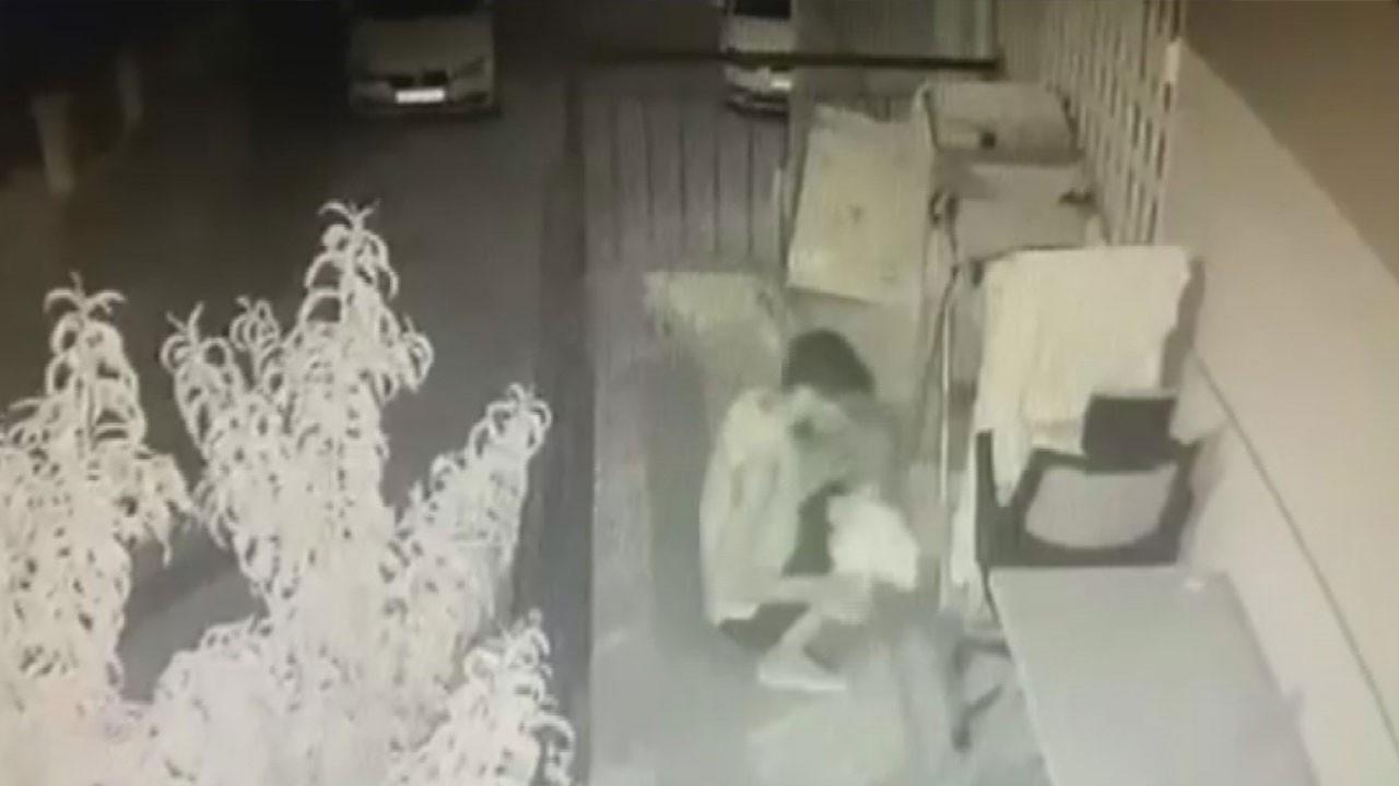 Balkona giren hırsız tişört ve çorapları çaldı
