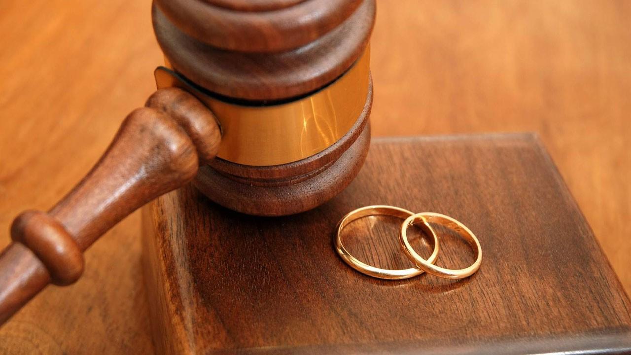Yargıtay: Her akşam anneye gitmek boşanma sebebi