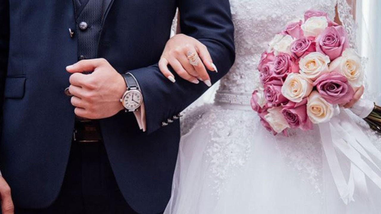 Düğüne gelmeyenlere 2 bin TL fatura gönderdiler!