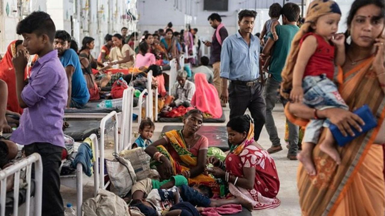 Hindistan'da gizemli yüksek ateşten 50 kişi öldü