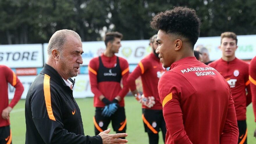 Galatasaray'lı Gustavo Assunçao'nun kız arkadaşıyla olay pozları dikkat çekti - Sayfa 4