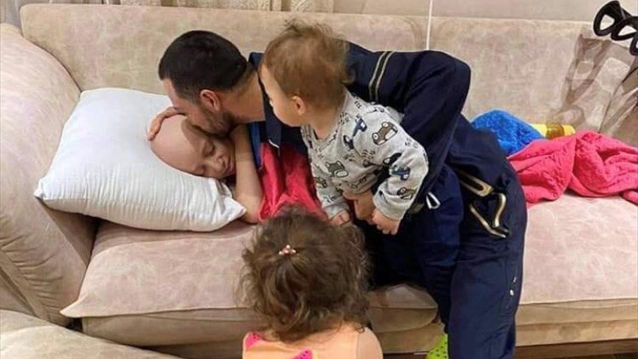 Filistinli baba kanserli oğluna veda etti