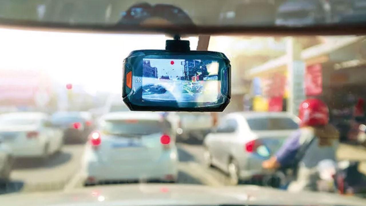 Taksi krizi devam ediyor! 15 bin araca kamera!