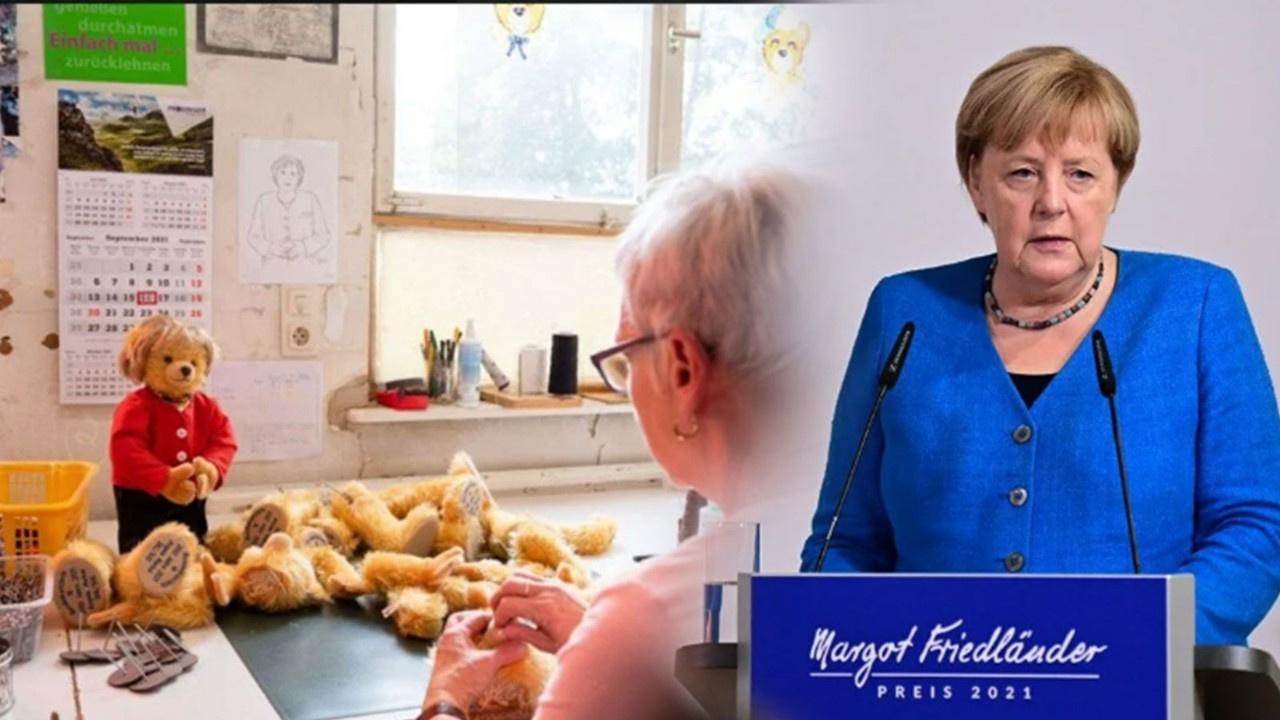Merkel'in oyuncakları kapış kapış gidiyor