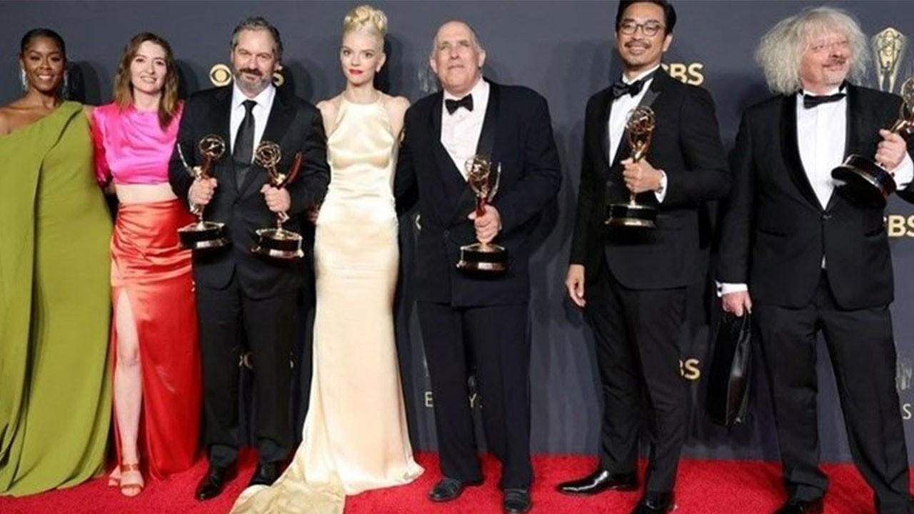 2021 Emmy Ödülleri kimlere verildi? 73. Emmy Ödülleri'nde hangi oyuncular ve yapımlar ödül aldı?