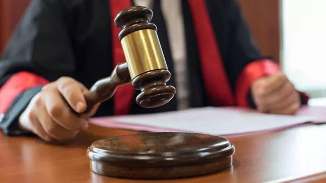 Mahkeme salonunda silahlı saldırı