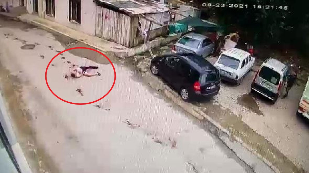 Ağabeyin bıçakladığı kardeşin kaçışı kamerada!