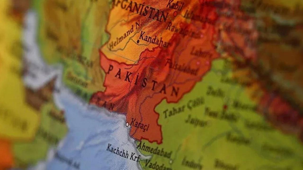 Pakistan'da terör saldırısı! Belucistan Kurtuluş Örgütü saldırıyı üstlenmiş olabilir!