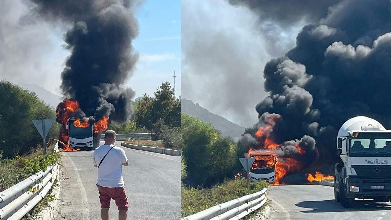Rus turistleri taşıyan minibüs alev alev yandı