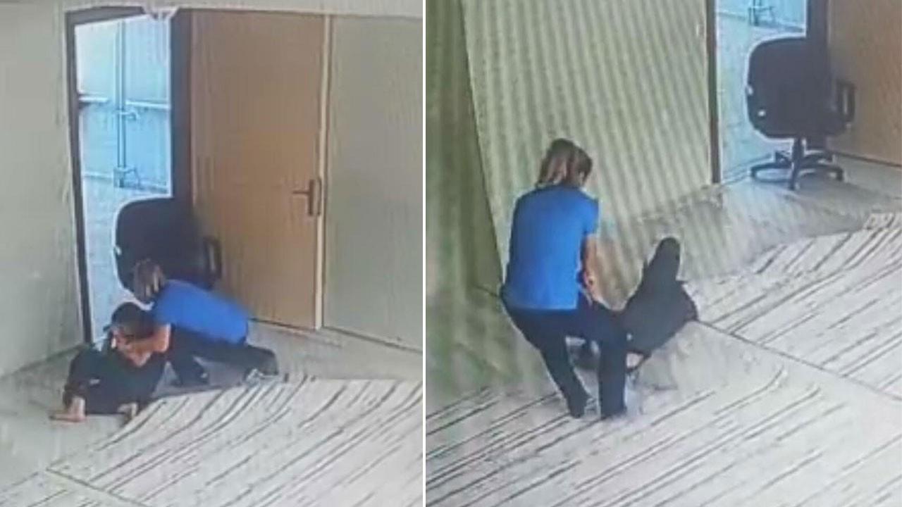 Engelli öğrencilere şiddet kamerada