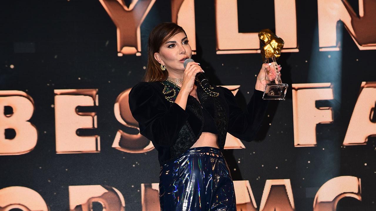 Ebru Yaşar Gülseven'e bir ödül daha!