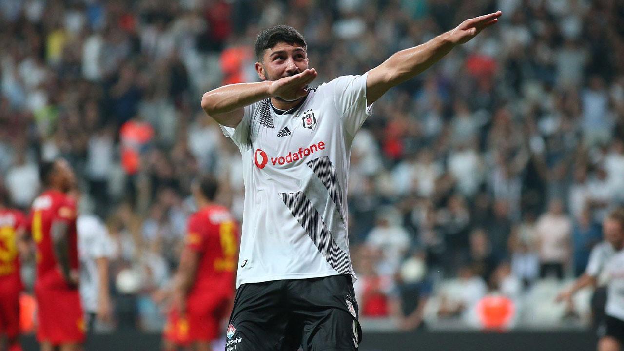 Beşiktaş'ta Güven Yalçın zammı kaptı!