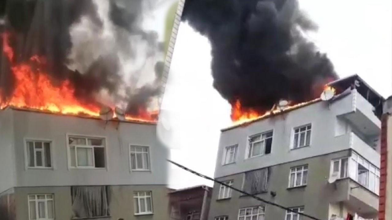 Bağcılar'da çatı katı alev alev yandı