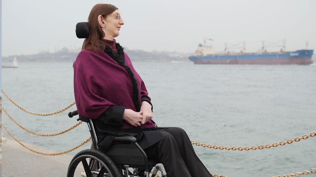 Dünyanın en uzun boylu kadını Rümeysa Gelgi oldu!