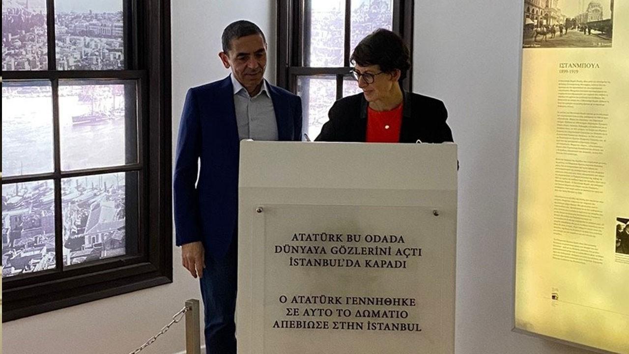 Türeci ve Şahin'den Atatürk'ün Evi'ne ziyaret