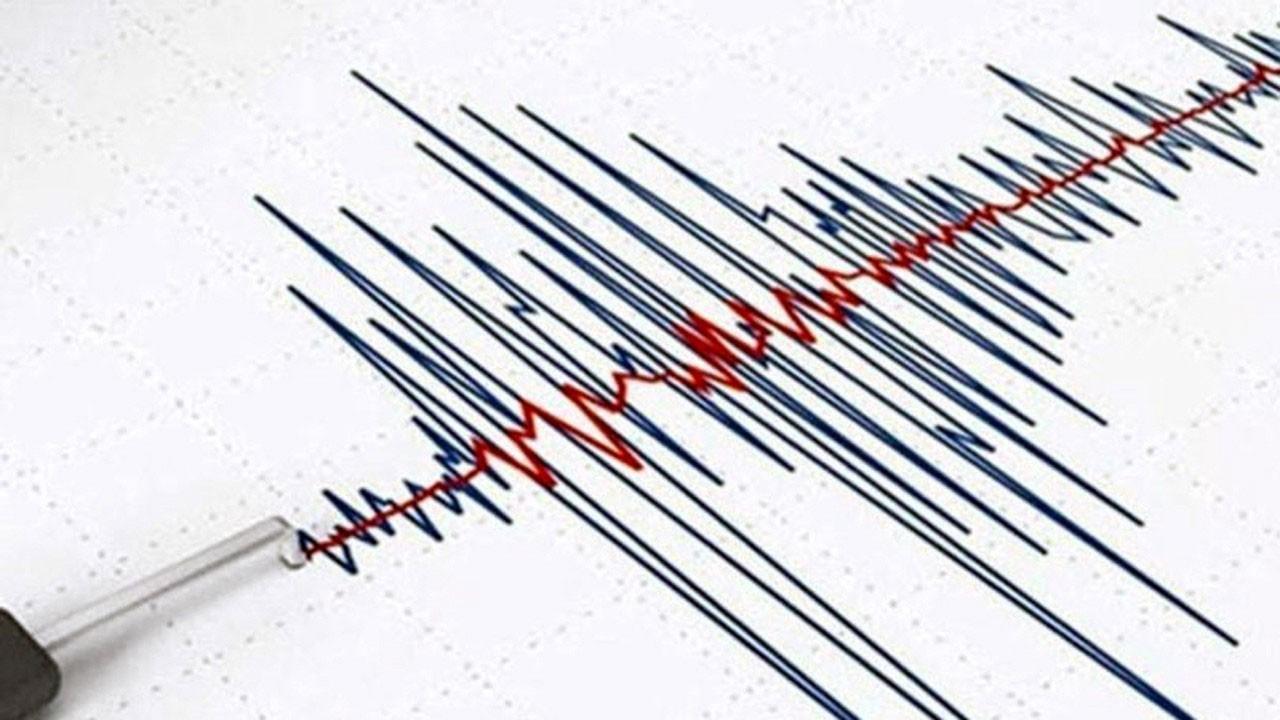 FLAŞ! Karaburun açıklarında deprem