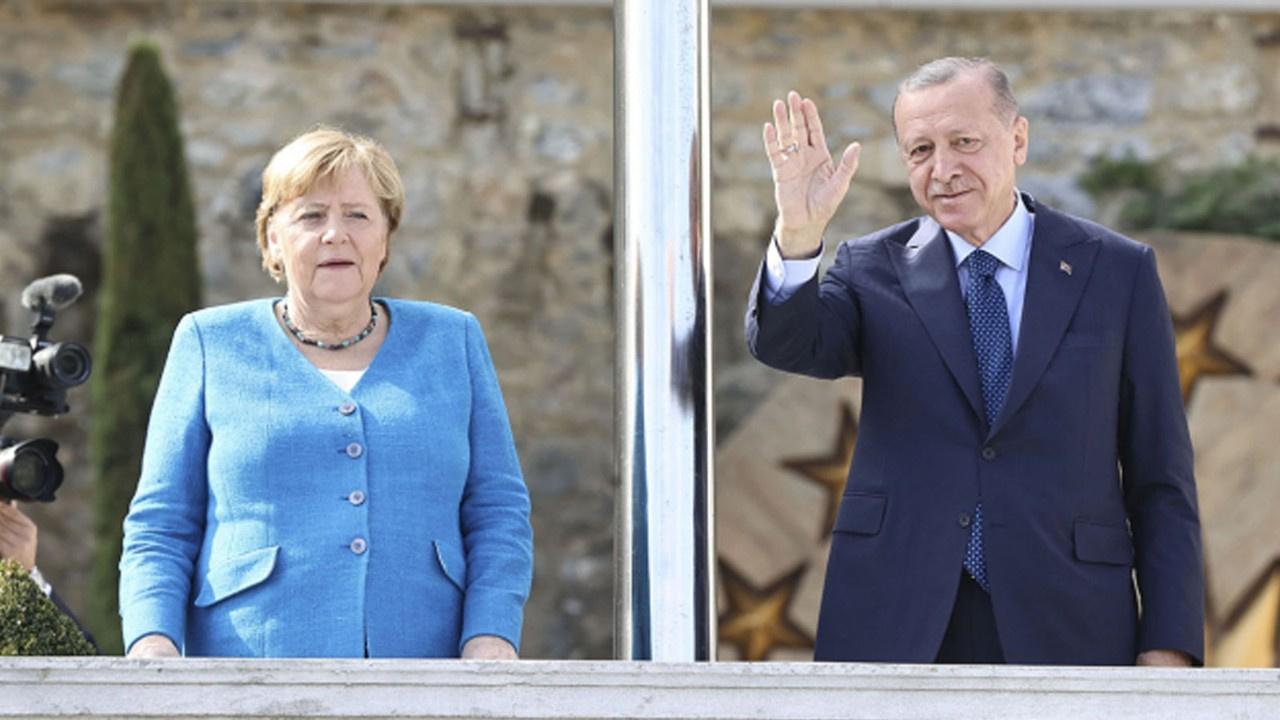 Merkel Türkiye'de! Veda ziyareti...