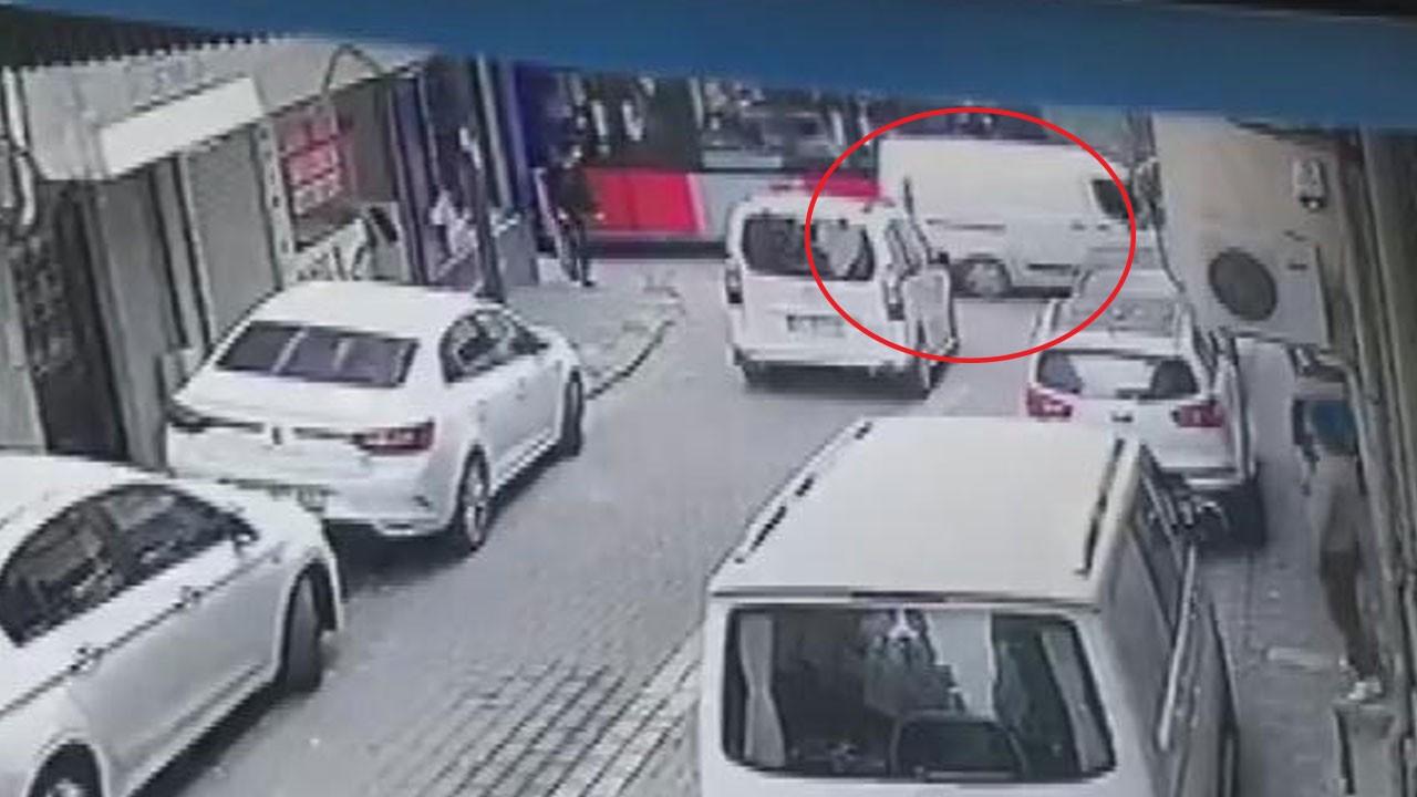 Zeytinburnu'nda yaşanan tramvay kazası kamerada