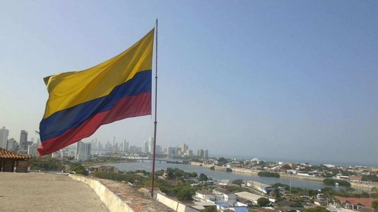 """Kolombiya'nın en çok aranan uyuşturucu kaçakçısı """"Otoniel"""" lakaplı örgüt elebaşı yakalandı!"""