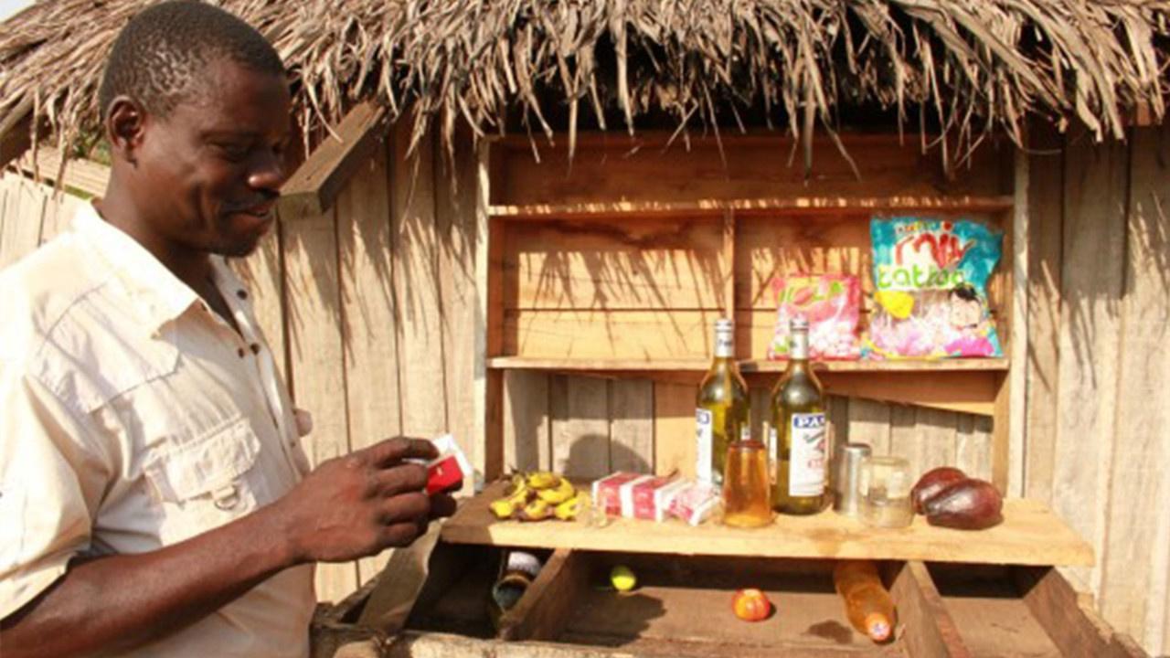 Afrikalı kabileler alkolik çıktı! Ölümüne içiyorlarmış...